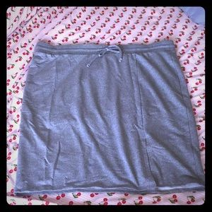 TORRID size 4 Heather Grey Knit Skirt